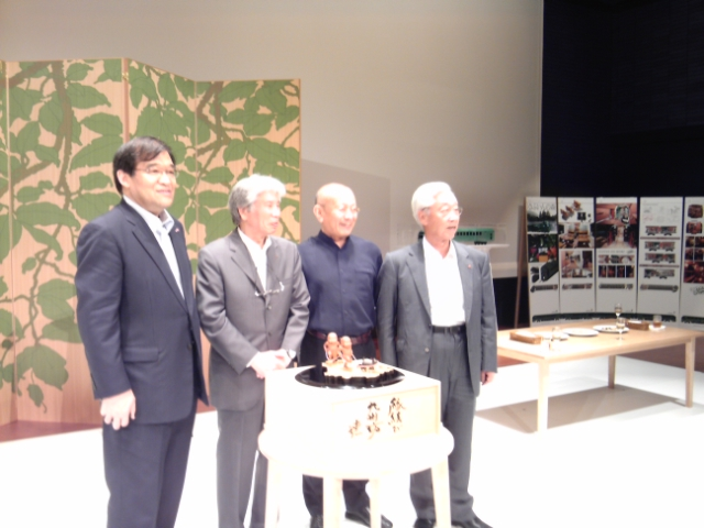 水戸岡鋭冶先生・毎日デザイン賞受賞祝賀会に出席