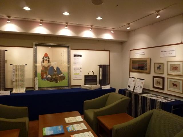 西日本銀行ロビー展示