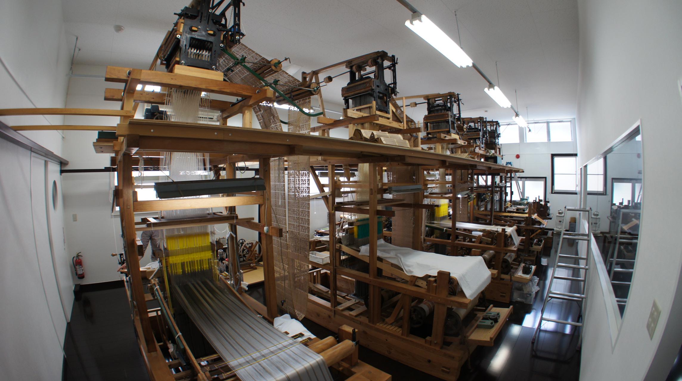 手織り工房