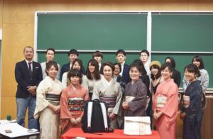 福岡大学と吉田カバンと筑前織物の共同制作発表